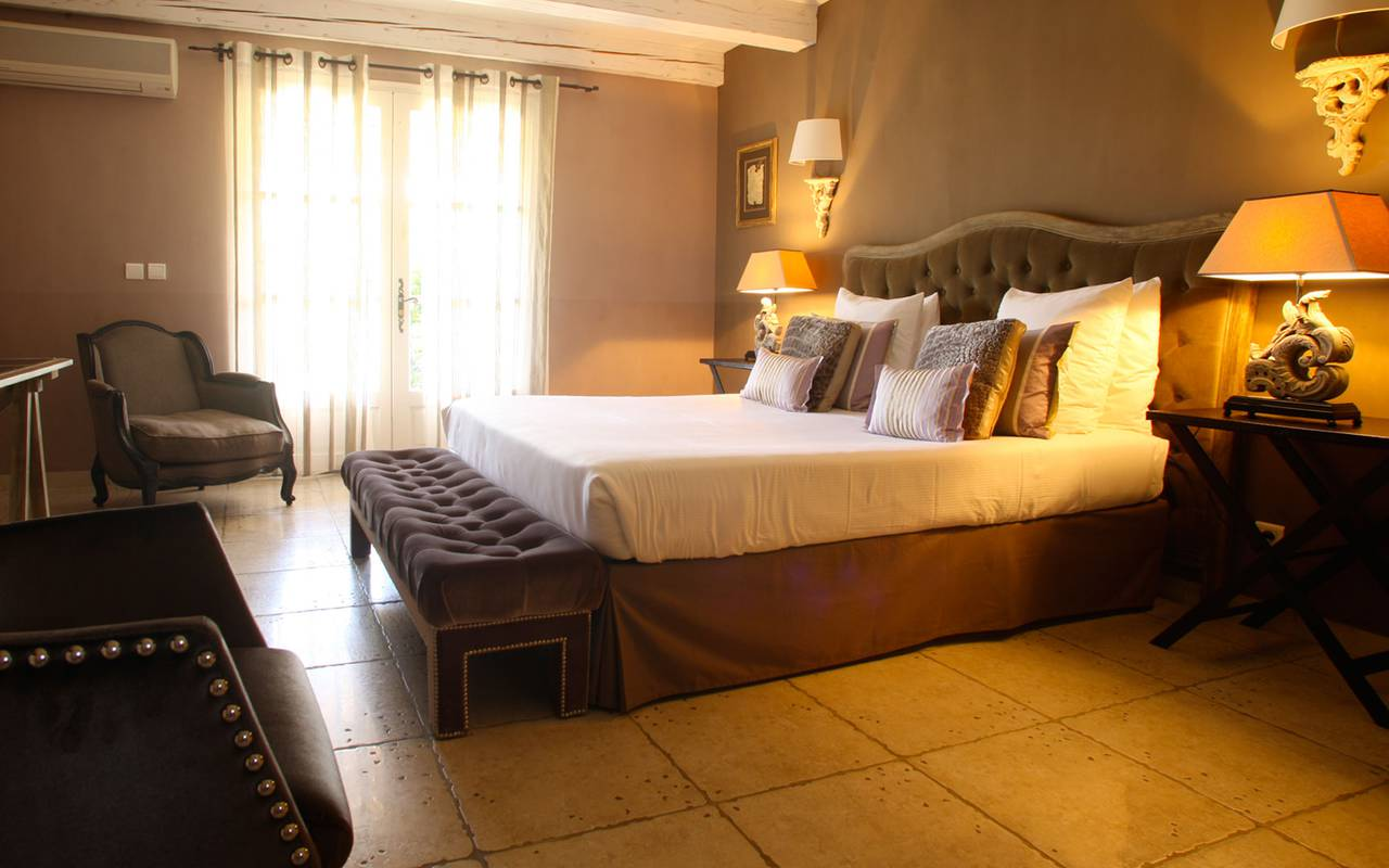 Hotel room in Provence - La Bastide Saint Georges