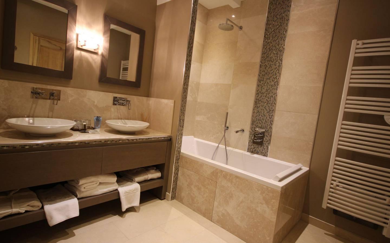 Ravate Saint Pierre Salle De Bain ~ Chambres Hotel La Bastide Saint Georges Provence